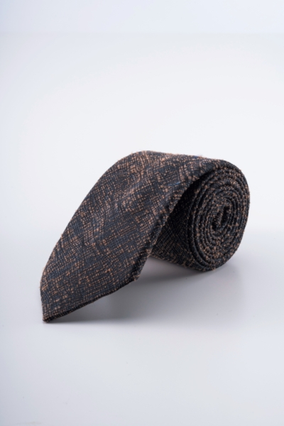Varteks Men's tie with modern pattern