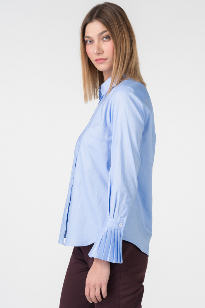 Varteks Blue women's shirt with pleats on the sleeves