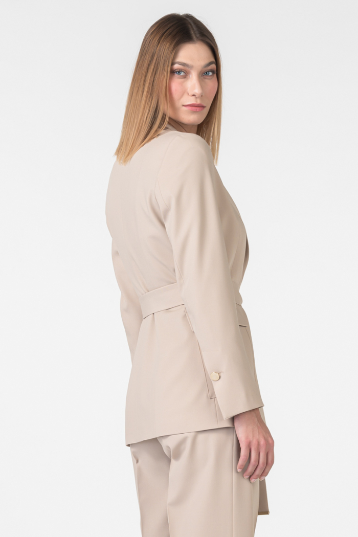 Varteks Women's blazer beige color