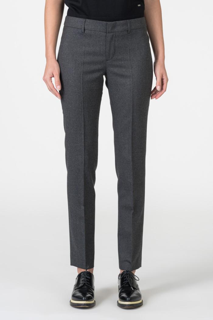 Varteks Sive ženske hlače ravnog kroja