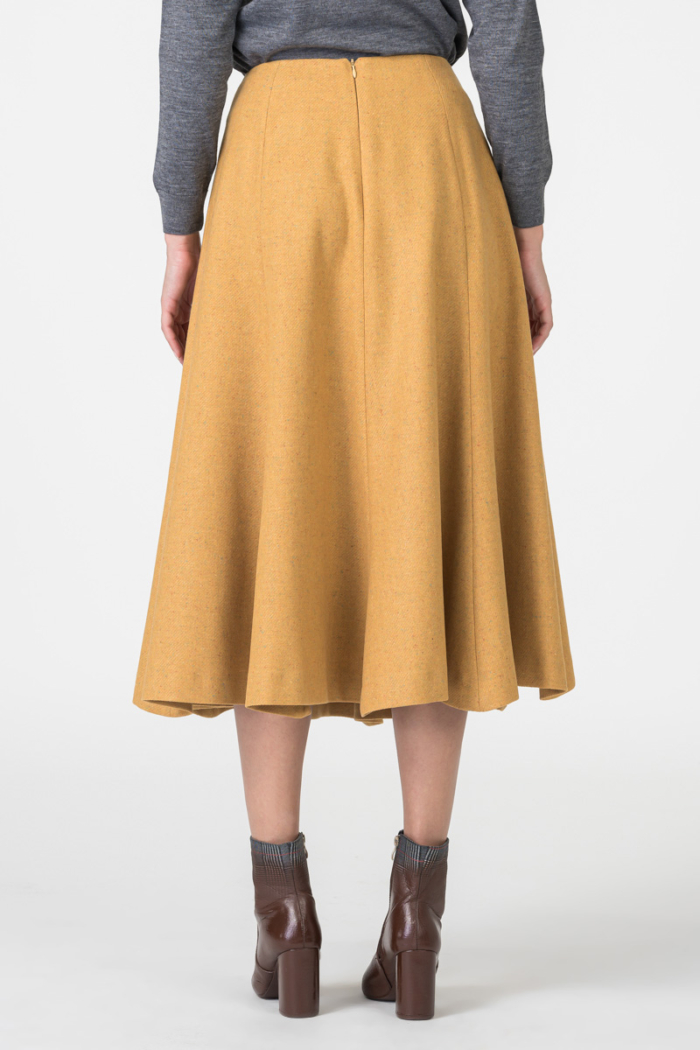 Varteks Mustard colored skirt