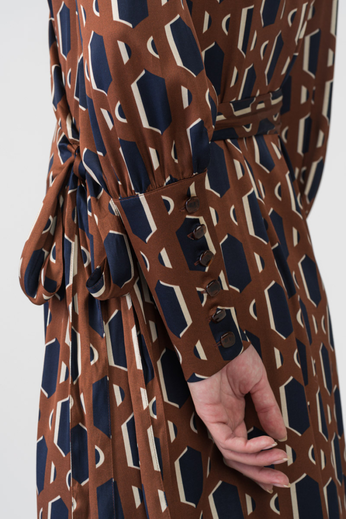 Varteks Brown dress with with face decoration