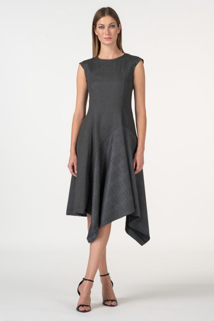 Varteks Siva haljina asimetričnog kroja