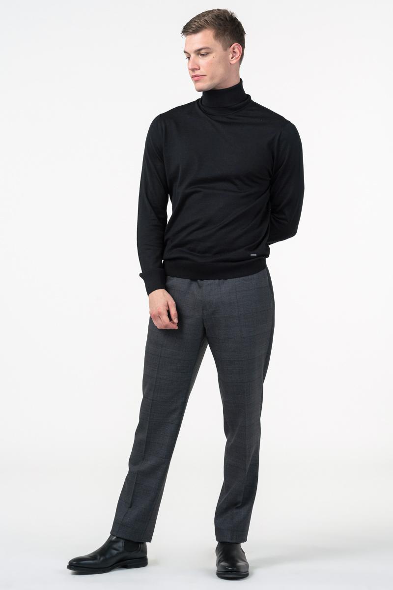 Varteks Men's black turtleneck