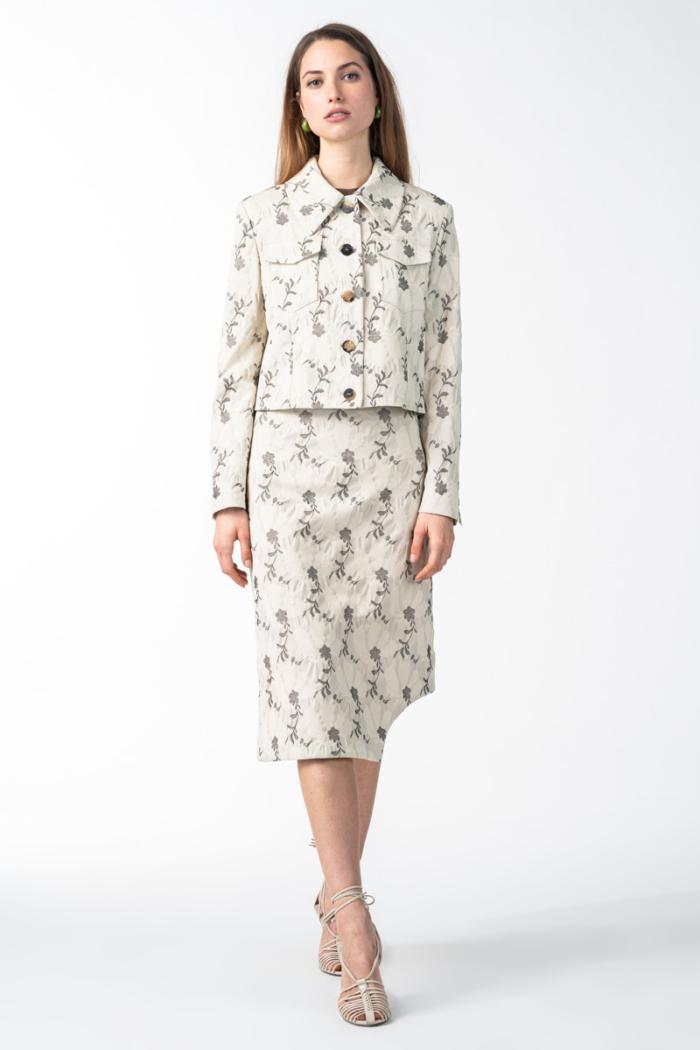 Varteks Kratka ženska jakna s kragnom