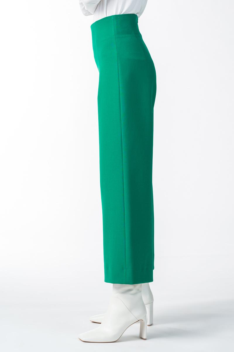 Varteks Women's green wide-leg pants