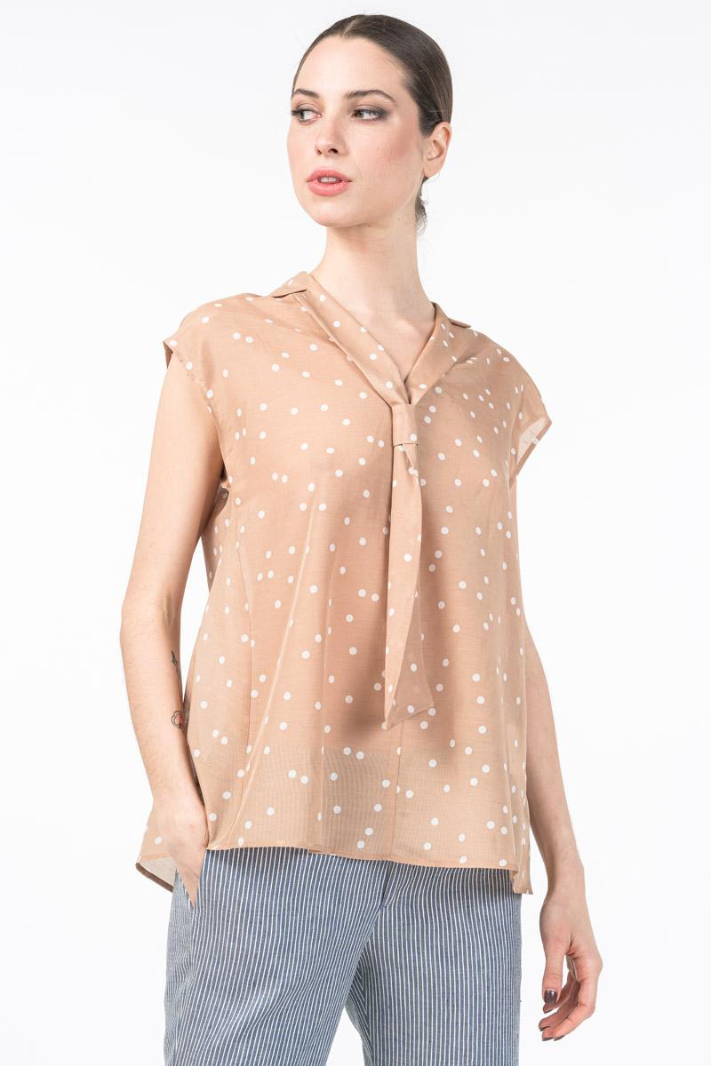 Varteks Women's blouse with decorative collar