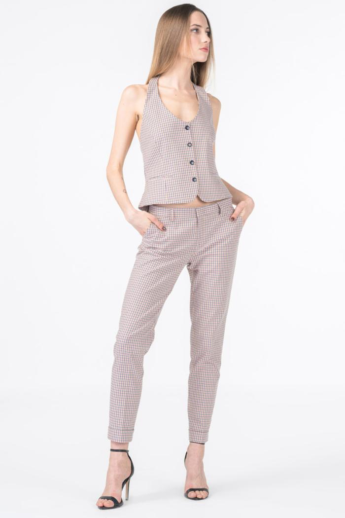 Poslovne ženske karirane hlače
