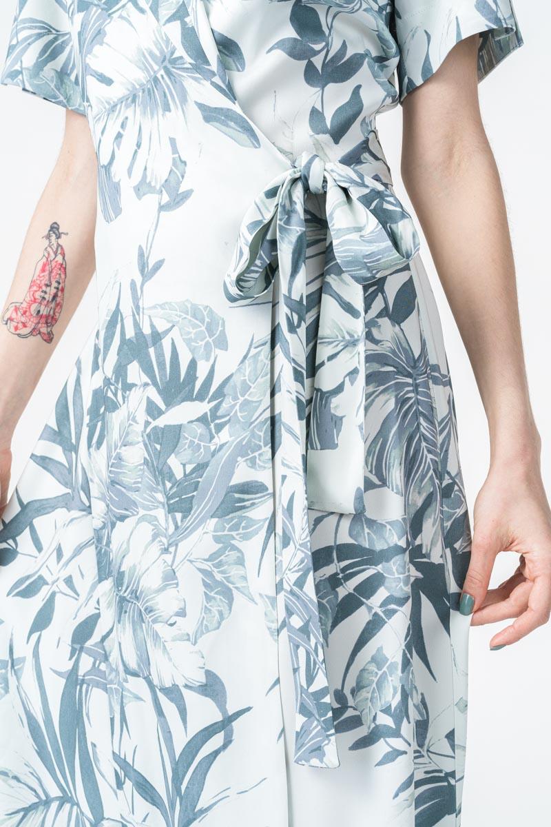 Varteks Bijela ženska haljina sa cvjetnim uzorkom