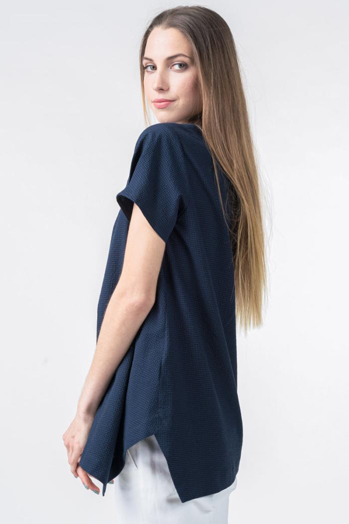 Asimetrična tamno plava bluza