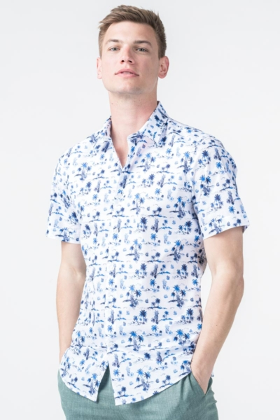 White men's shirt with a pattern - Regular fit